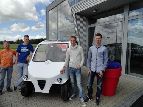 Onthulling Frisian Eco Car: duurzame blikvanger