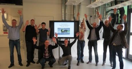 Studenten ROC Friese Poort meten rendement van zonnepanelen