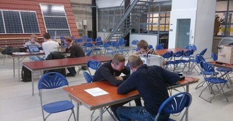 Mechatronica studenten ROC Friese Poort Leeuwarden zetten eerste 3D stappen