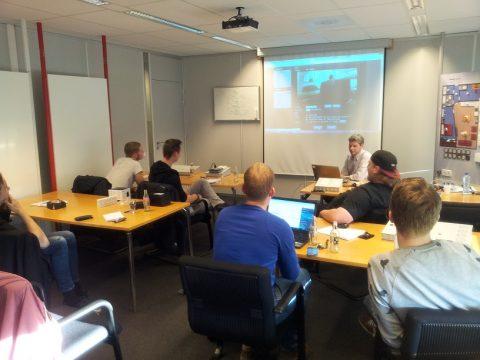 Praktijkbezoek domotica voor techniekstudenten ROC Friese Poort bij Eaton