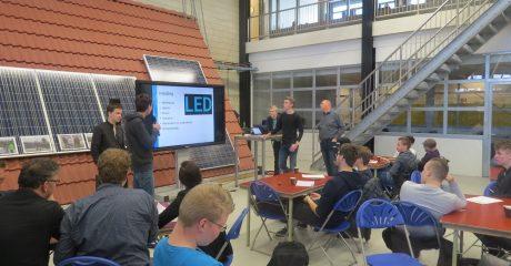 Pitch LED armaturen door studenten Middenkader Engineering ROC Friese Poort Drachten