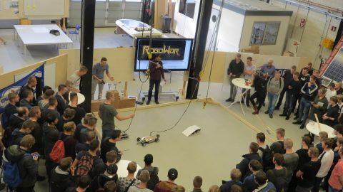 MKE studenten dagen elkaar uit in robotwar