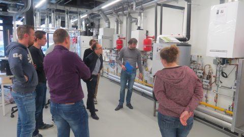 VAPRO studenten op zoek naar energiescenario's in Duurzaam Doen Huis