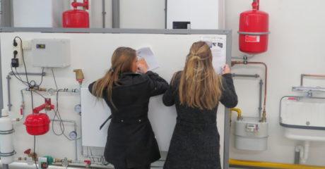 Studenten Verzorgende IG/Verpleegkunde maken kennis met techniek tijdens duurzame inspiratiedag