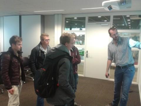 Studenten innovatieproject zonnepanelen Centrum Duurzaam bezoeken 'broodje energie' NHL