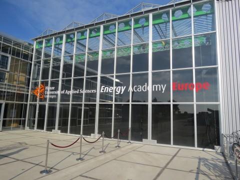 Frisian Eco Car duurzame blikvanger bij opening Entrance