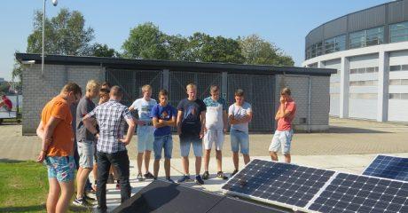 Eerstejaars studenten werktuigbouw Sneek op bezoek bij Centrum Duurzaam
