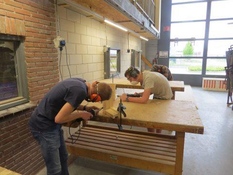 Kozijnrenovatie in de praktijk voor bouwstudenten van ROC Friese Poort