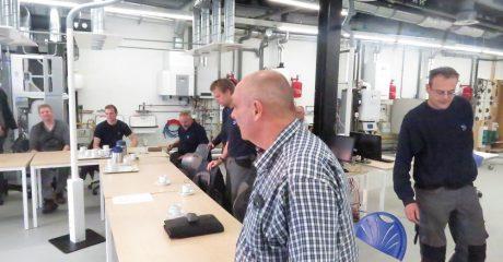 Toolbox meeting Damstra Service & Onderhoud in Duurzaam Doen Huis