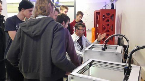 3D printlab en ontwerpatelier brengt studenten in beweging