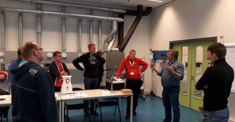 Praktijkdag ventilatie studenten servicemonteur duurzame installatietechniek bij Zehnder