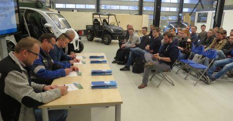 Studenten mechatronica van start met maken van waterstofauto