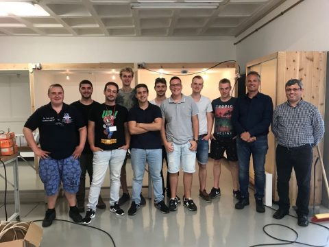 Studenten Elektrotechniek en Mechatronica werken op Azoren aan de ECOkubus
