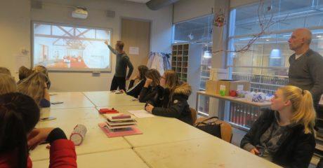 Studenten Dienstverlening kijken door bril van architect