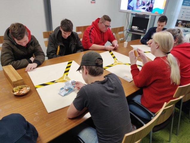 Bouwstudenten ROC Friese Poort op duurzame expeditie over De Zwette