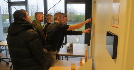 Werktuigbouwkunde-studenten volgen duurzame workshops in Duurzaam Doen Huis