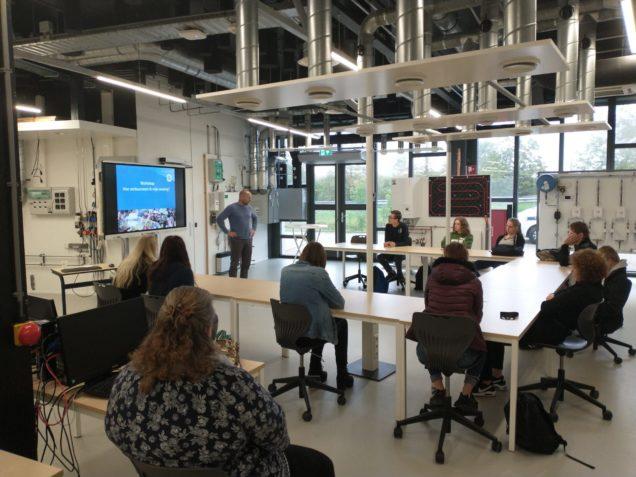 Studenten Nordwin College volgen workshop woningverduurzaming in Duurzaam Doen Huis