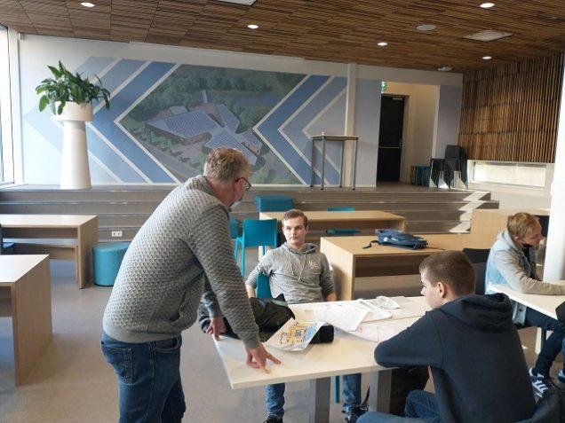 Excursie Egelantierstraat maakt circulaire bouwmogelijkheden zichtbaar